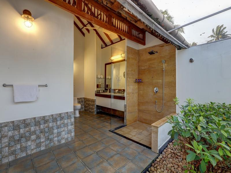 Poolside Luxury Vilas With Plunge Pool